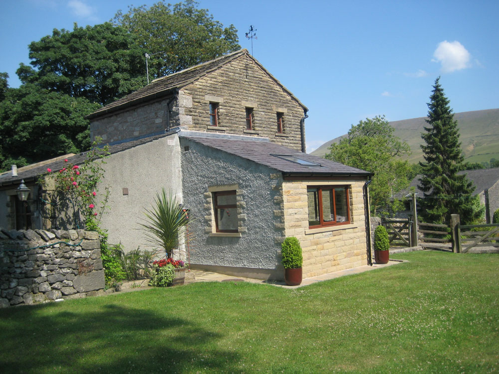 Chestnut Cottage Holiday Cottage Pendle